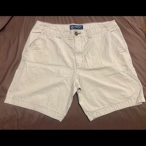 Men's NWOT American Eagle prep length shorts